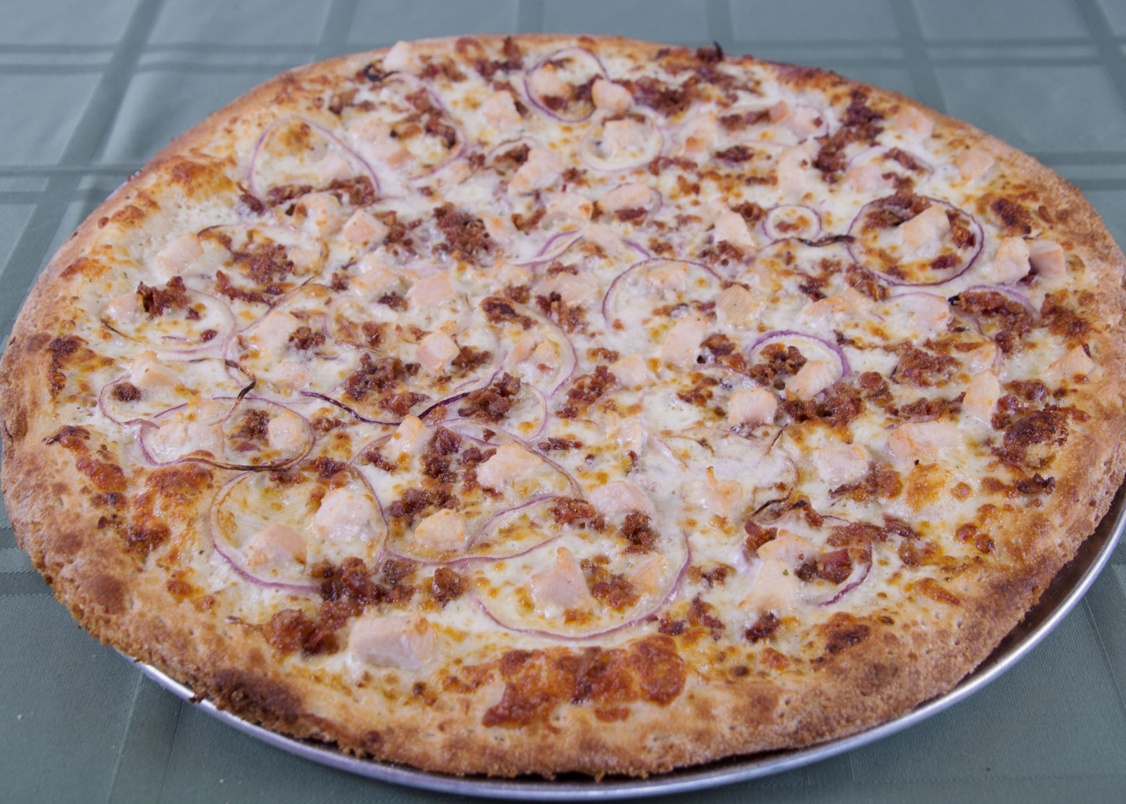 Chicken & Bacon Pizza